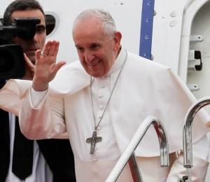 Papa Francisco despede-se do Japão